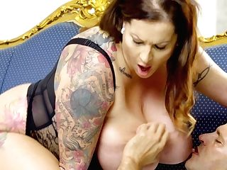 Plus Size Cougar Laura Orsolya Is Fucked By Bald Headed Photographer