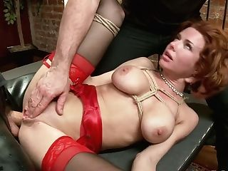Crimson Haired Harlot Veronica Avluv Gets Her Caboose Slot Opened Up And Jizzed