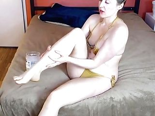 Rose Kelly Youtuber Coconut Oil Gam And Foot Knead