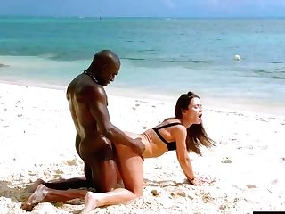 Fit Brown-haired Is Having Interracial Lovemaking On The Beach With A Sumptuous, Black Stud She Likes