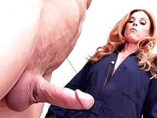Mummy Wants Sperm On Her Face After This Crazy Fuck Have Fun