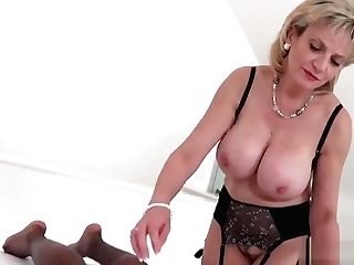 Unfaithful Brit Matures Lady Sonia Showcases Her Giant Puppies