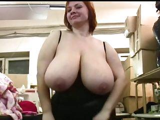 Yummy Cougar Anna 1