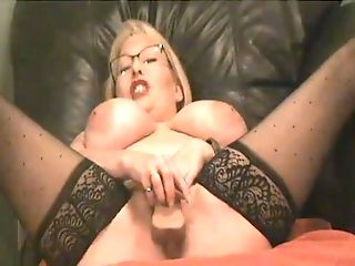 Matures Lady Taunted To A Squirt