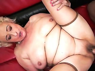 Horny Blonde Granny Sila Loves Youthfull Lollipop Drilling Her And Cramming Her With Warm Jizz