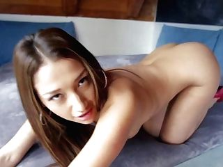 Asian London Keyes And Sexy Vicki Chase Are Sexy Bodied