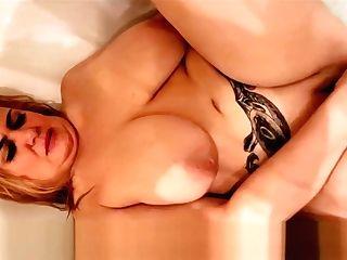 Big Natural Tits Mummy Masturbates In The Bathtub
