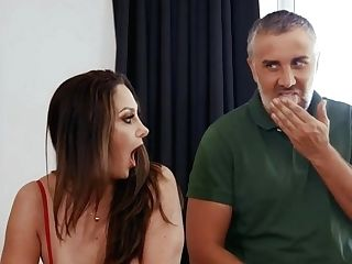 Keiran Lee Banged Gorgeous Mom Ava Addams On The Pool Table