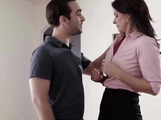 Hot Cougar Bangs By Her Horny Stepsons