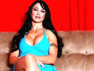 Cougar Jewels Jade Fucks Her Step-sonny