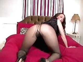 Sexy Tall Mummy Masturbating Solo In Nylons